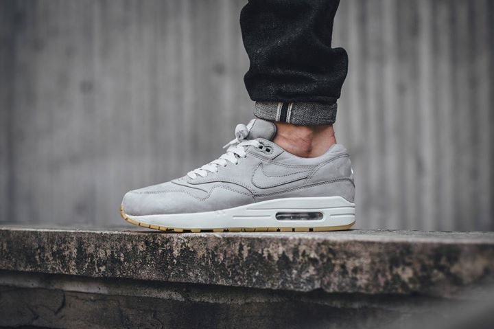 nike footwear air max 1 leather premium trainers - mid grey