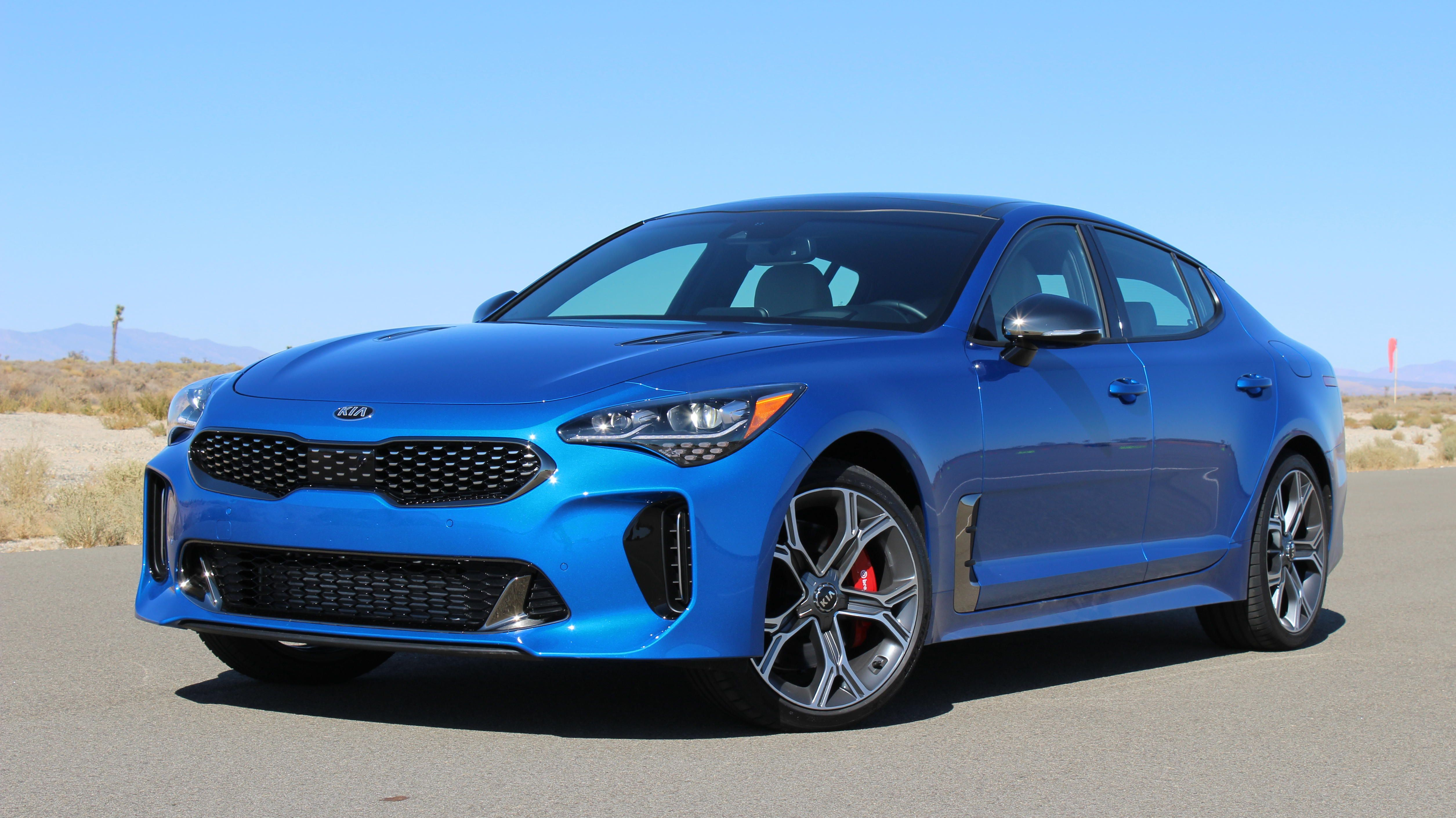 2018 Kia Stinger Punches Above Its Weight Hard Autos