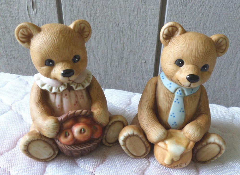 Homco home interior bear bears porcelain figurines boy girl apples honey 1405