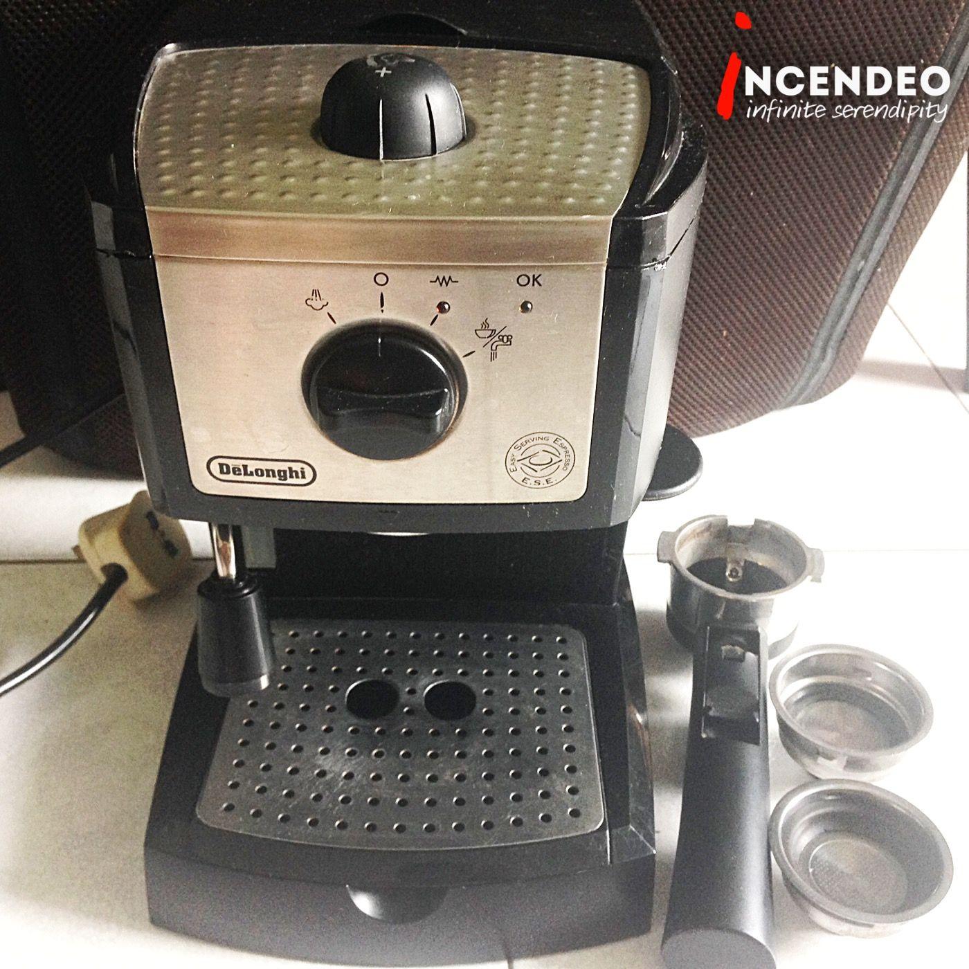 De'Longhi EC155 Espresso and Cappuccino Maker. delonghi