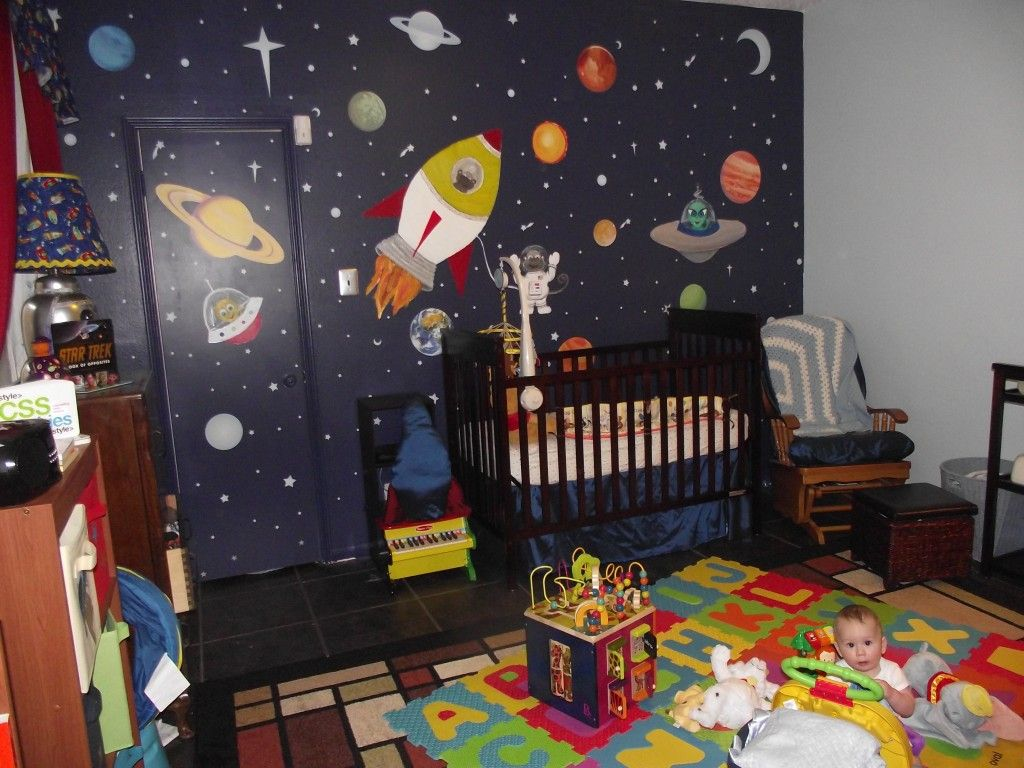 space the final frontier space themed nursery baby. Black Bedroom Furniture Sets. Home Design Ideas