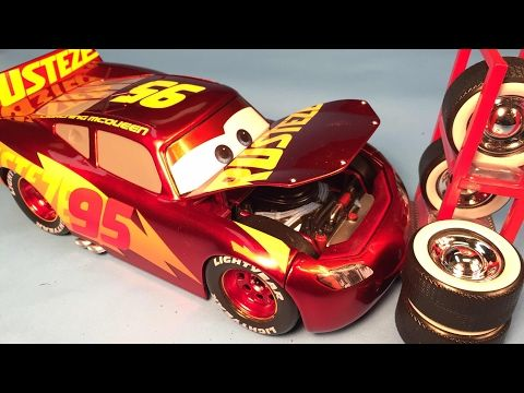 Disney Cars 3 Toys Lightning Mcqueen Racing Center Diecast 1