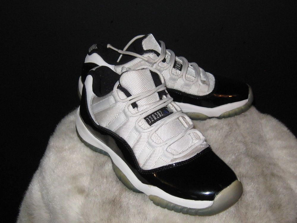 quality design 1c0e9 f5918 Boys Nike Air Jordan 11 XI Retro Low Concord Sneakers Sz 5.5 ...