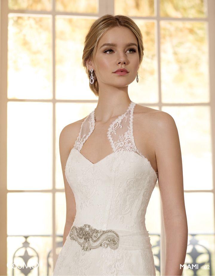 Miami   Romántico vestido de encaje chantilly con original escote ...