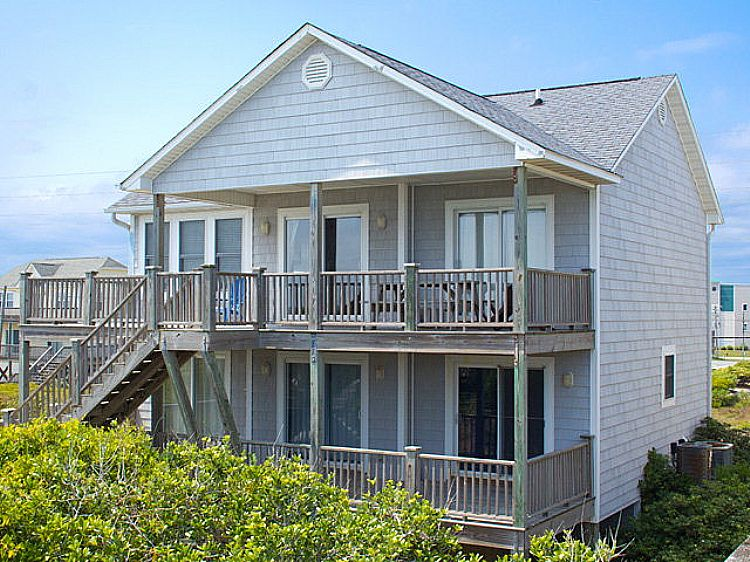 Our Time Vacation Rental In Surf City Nc Lewis Realty Associates In 2020 City House Surf City Vacation Home