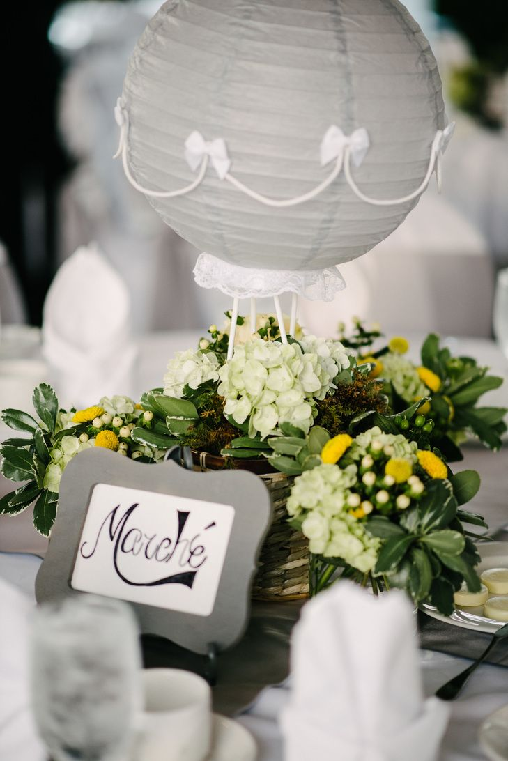 Gray Paper Lantern Centerpiece | CELLADORA PHOTOGRAPHY | A MAGICAL AFFAIR | http://knot.ly/6495B02ZH | https://www.theknot.com/marketplace/a-magical-affair-franklin-tn-571754 | http://knot.ly/6496B02Zy