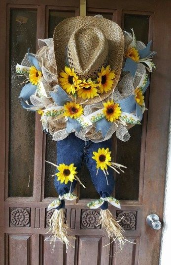 Diy wreaths to craft this fall (33) #scarecrowwreath