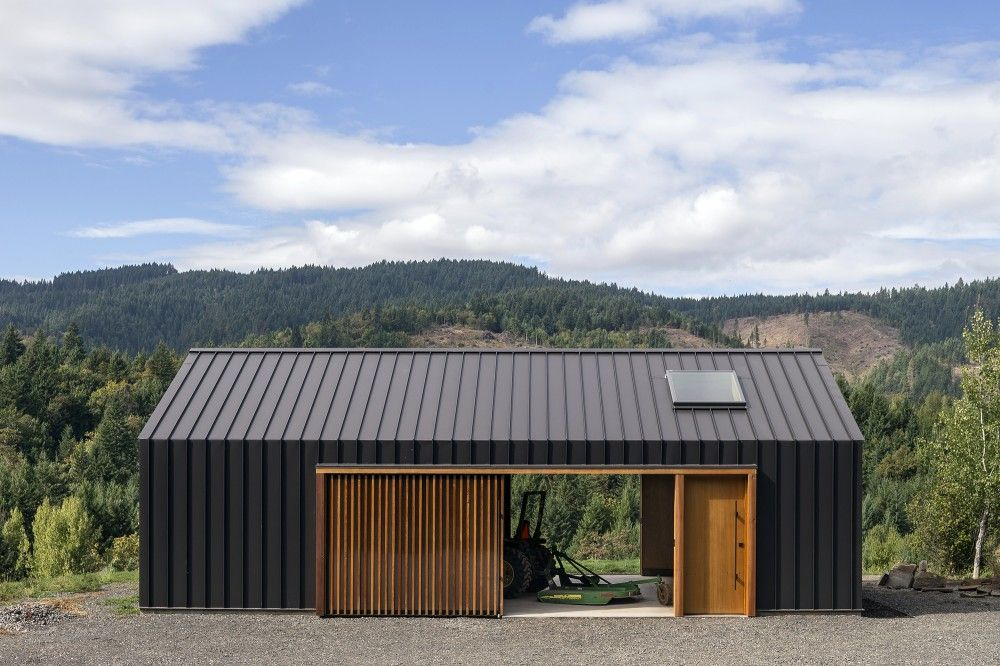 Elk valley tractor shed fieldwork design architecture Wood valley designs