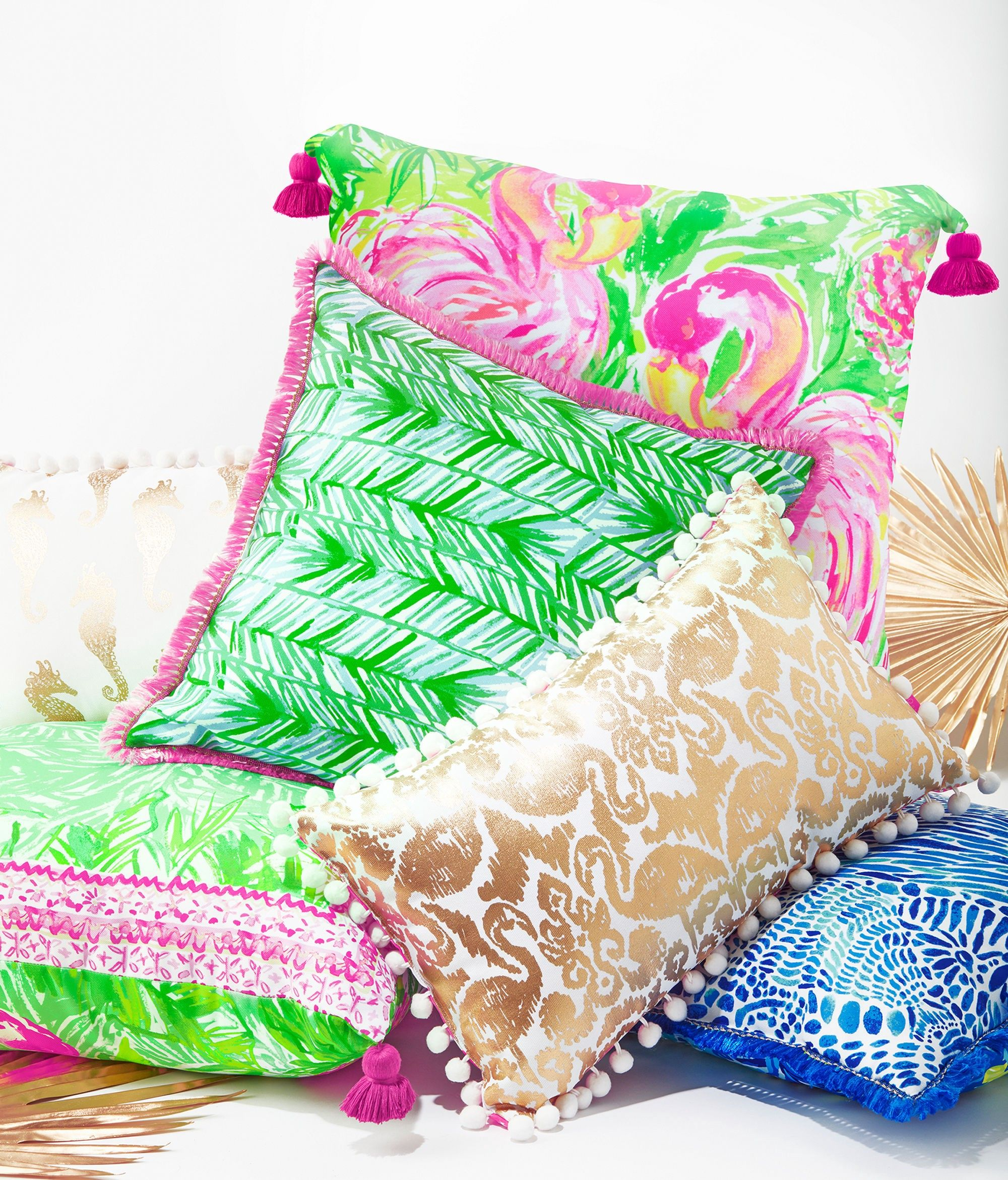 0eb060fd3ff20b Lilly Pulitzer Large Indoor/Outdoor Pillow - Multi Painted Palm Gift 1 Sz