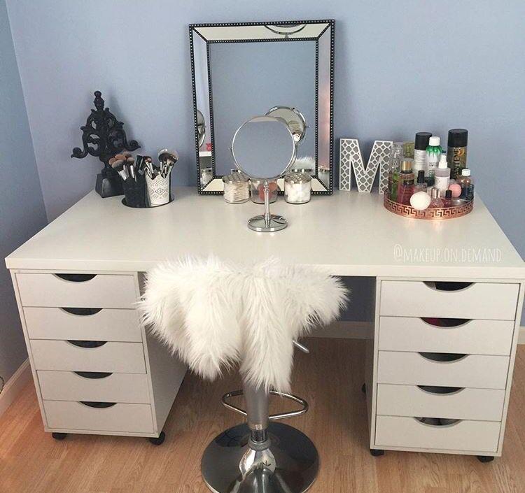 Instagram Racheldellasala Blog Https Velvetrose Co Makeup Room Decor Bedroom Diy Beauty Room