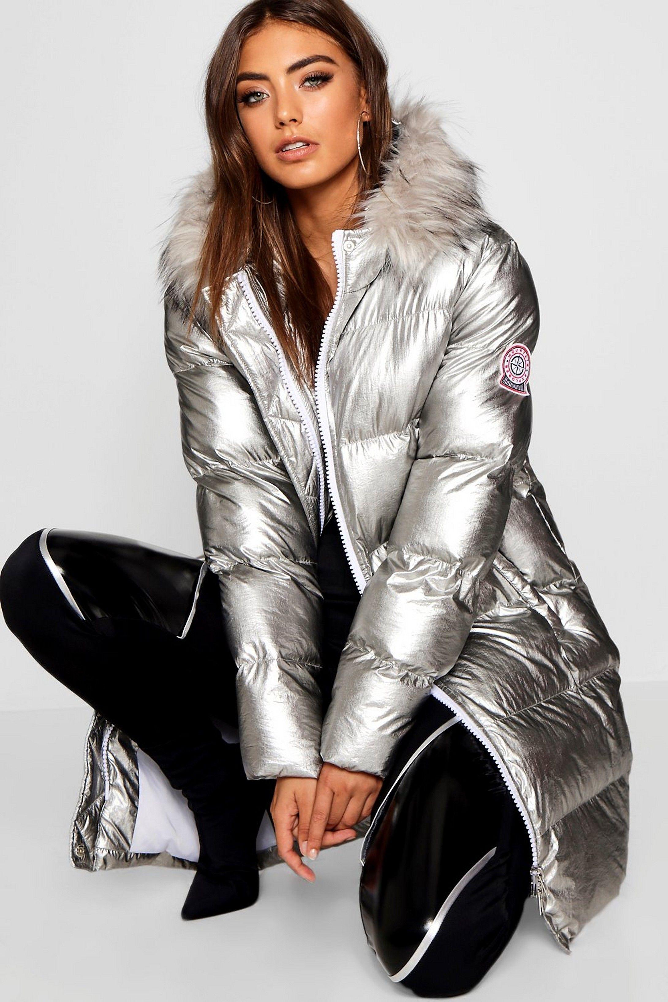 Metallic Longline Puffer Jacket Boohoo Fashion Puffer Jacket Women Shiny Jacket [ 3272 x 2181 Pixel ]