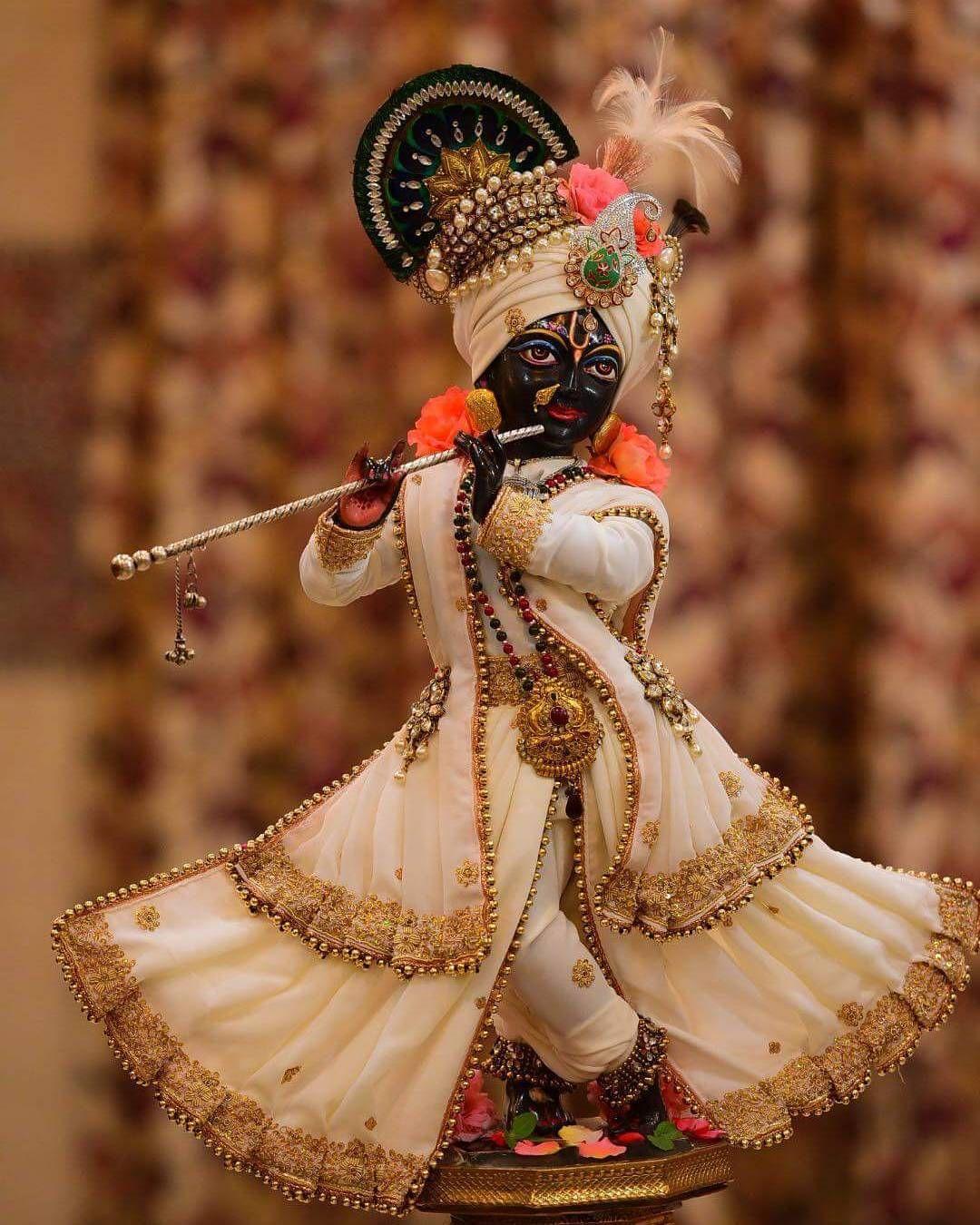 Arjun S Grief And Plea For Mercy Krishna Images Iskcon Krishna Radhe Krishna Wallpapers