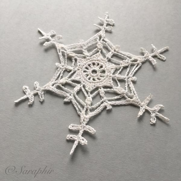 Free Crochet Snowflake Pattern by Saraphir | macrame | Pinterest