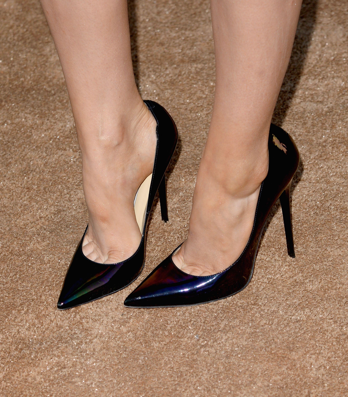 Do Low Heel Shoes Hurt Feet