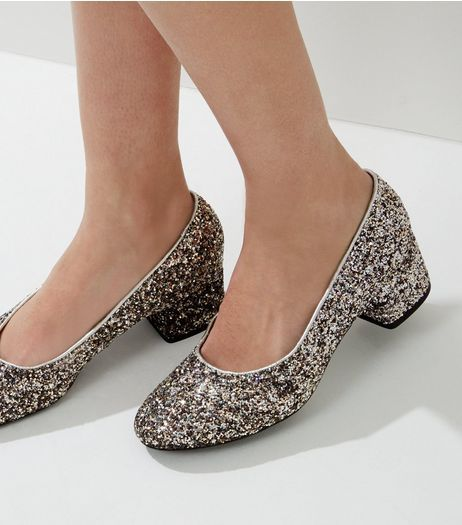 New Look Low Block Heel Court Shoe qTfJdZ