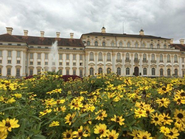 Lustwandeln In Schloss Oberschleissheim Bei Munchen Schloss Jagdschloss Barockschloss