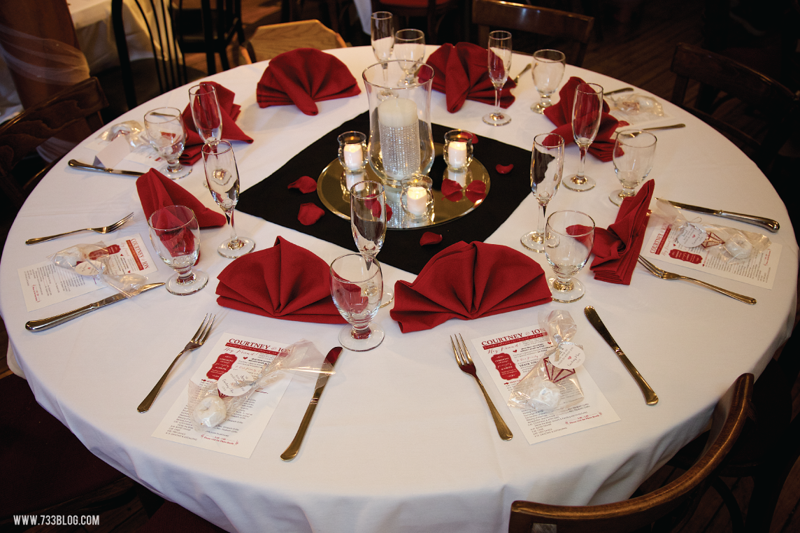 Red White And Black Reception Table White Wedding Centerpieces White Weddings Reception Red And White Weddings