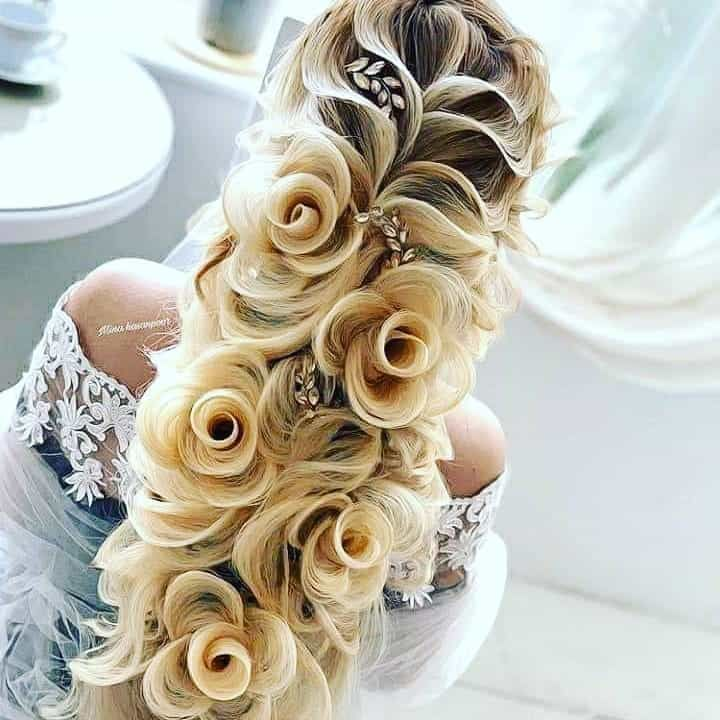 25 Hairstyles For Bridesmaids That Are Incredibly