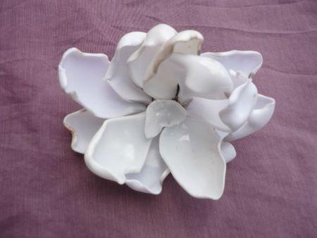 fleurs en cuillres en plastique fondues cr ations avec. Black Bedroom Furniture Sets. Home Design Ideas