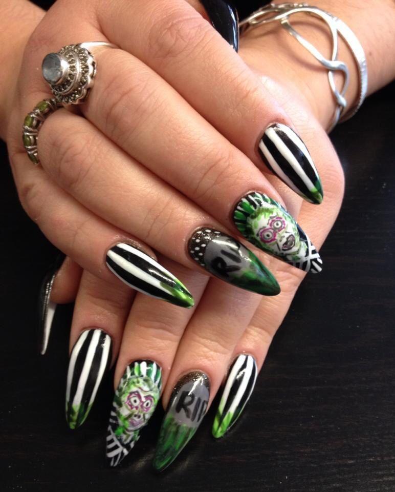 Beetlejuice Halloween Nails In Gelish On Acrylic By Tori Cute Nails Halloween Nails Nails