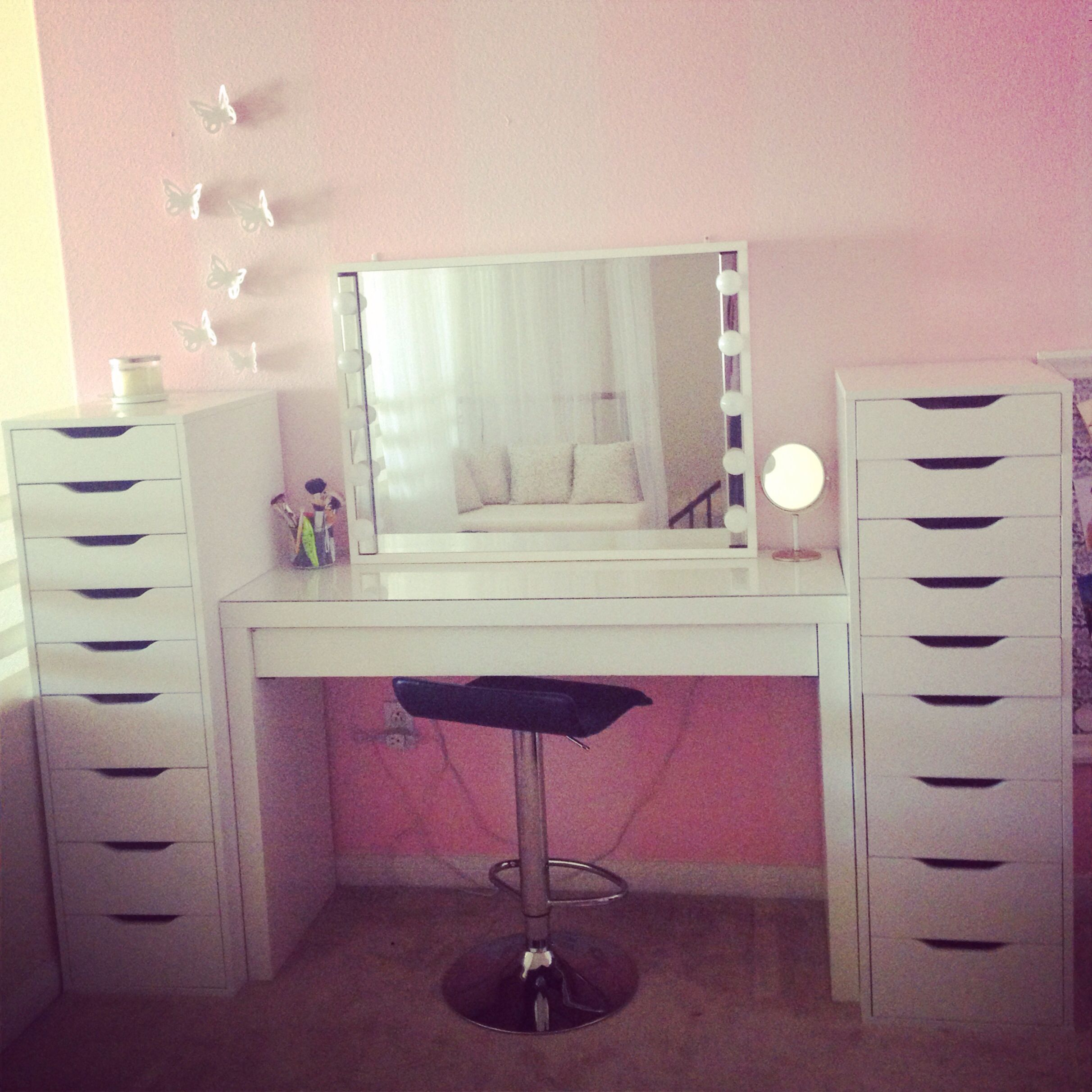 Love these new alex drawers to organize makeup and hair products