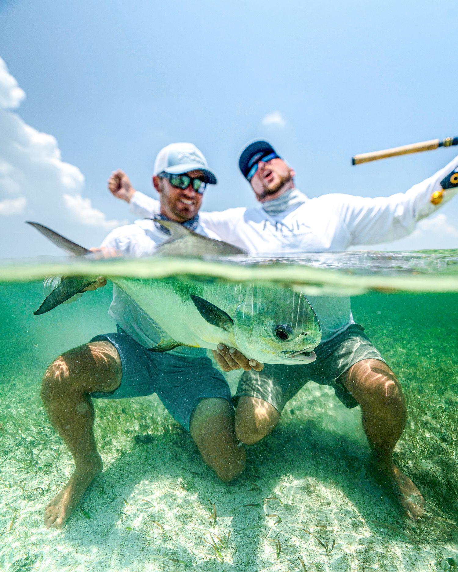 Mens and womens polarized sunglasses costa del mar