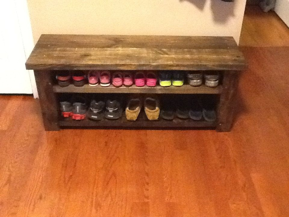 Custom Made Farmhouse Shoe Rack Bench By Sawdustfurniture On Etsy Schoenenrek Interieur Ideeen Interieur