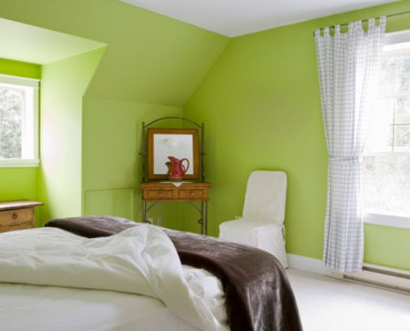 Bedroom painting ideas green yellow color blocking for Bedroom paint ideas green