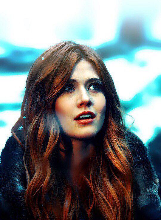 She's Freaking gorgeous | Cassandra clare, Mcnamara, The