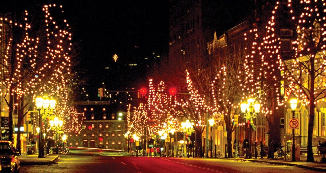 Main Street Bethlehem, with Bethlehem Star | Holiday Fun ...