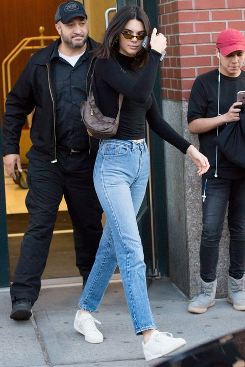 Kendall Jenner Bares Her Midriff in a Hot Pink Cro