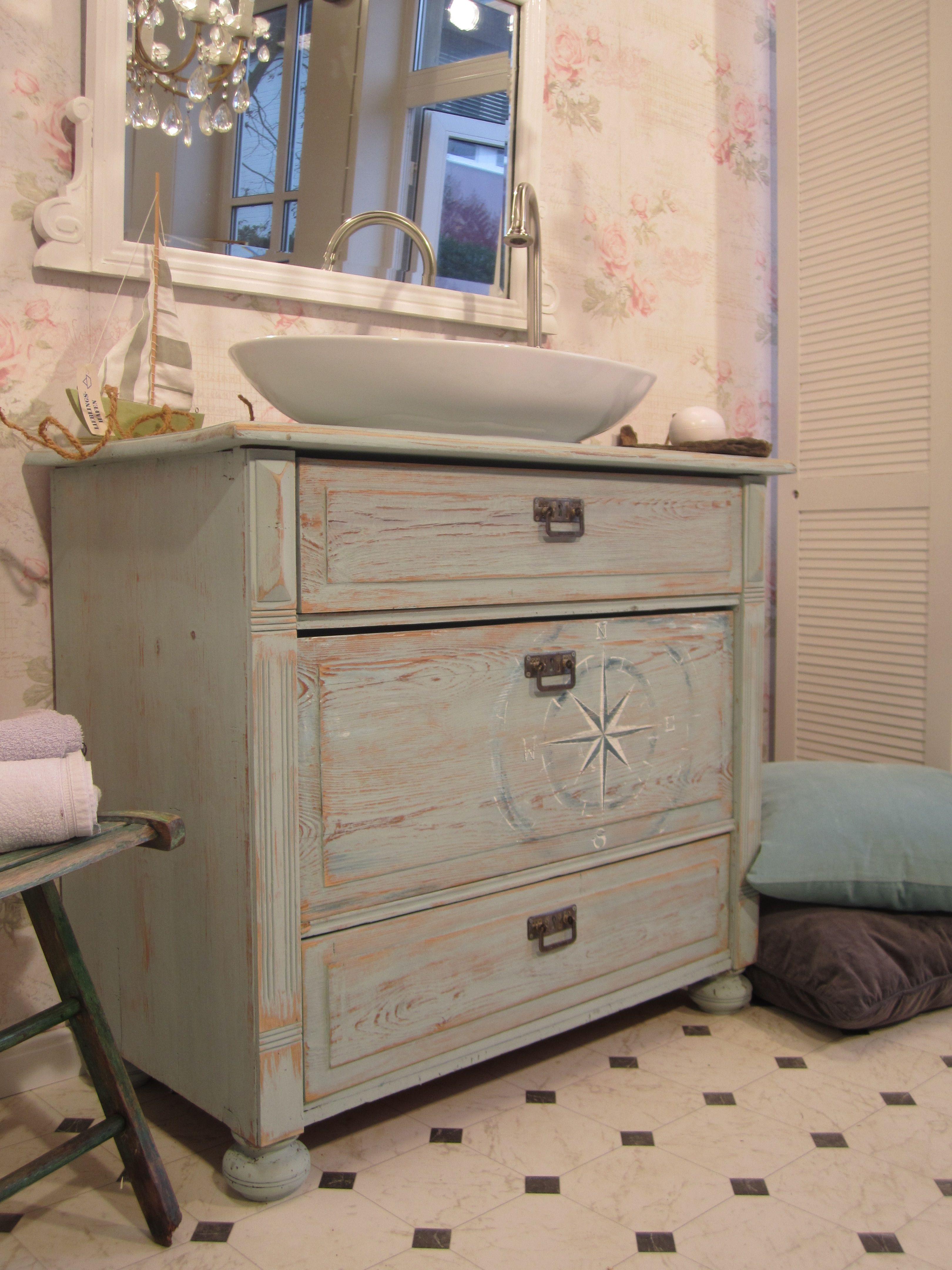 Landhaus Badmobel Nautica Maritimer Landhaus Waschtisch Wer In Seinem Zuhause Angekommen I Waschtisch Selber Bauen Landhaus Einrichtung Waschtisch Vintage