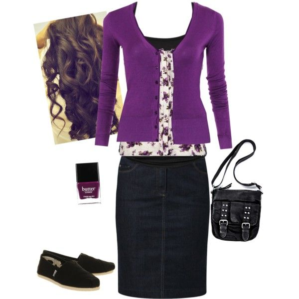 .This is really cute; but I would wear it with high heels instread of flats.