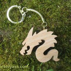 Porte-clés en bois dragon en chantournage
