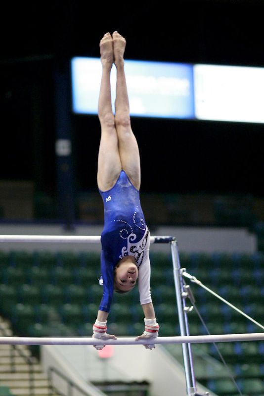 Teaching your gymnasts to get their shoulders over the bar in cast
