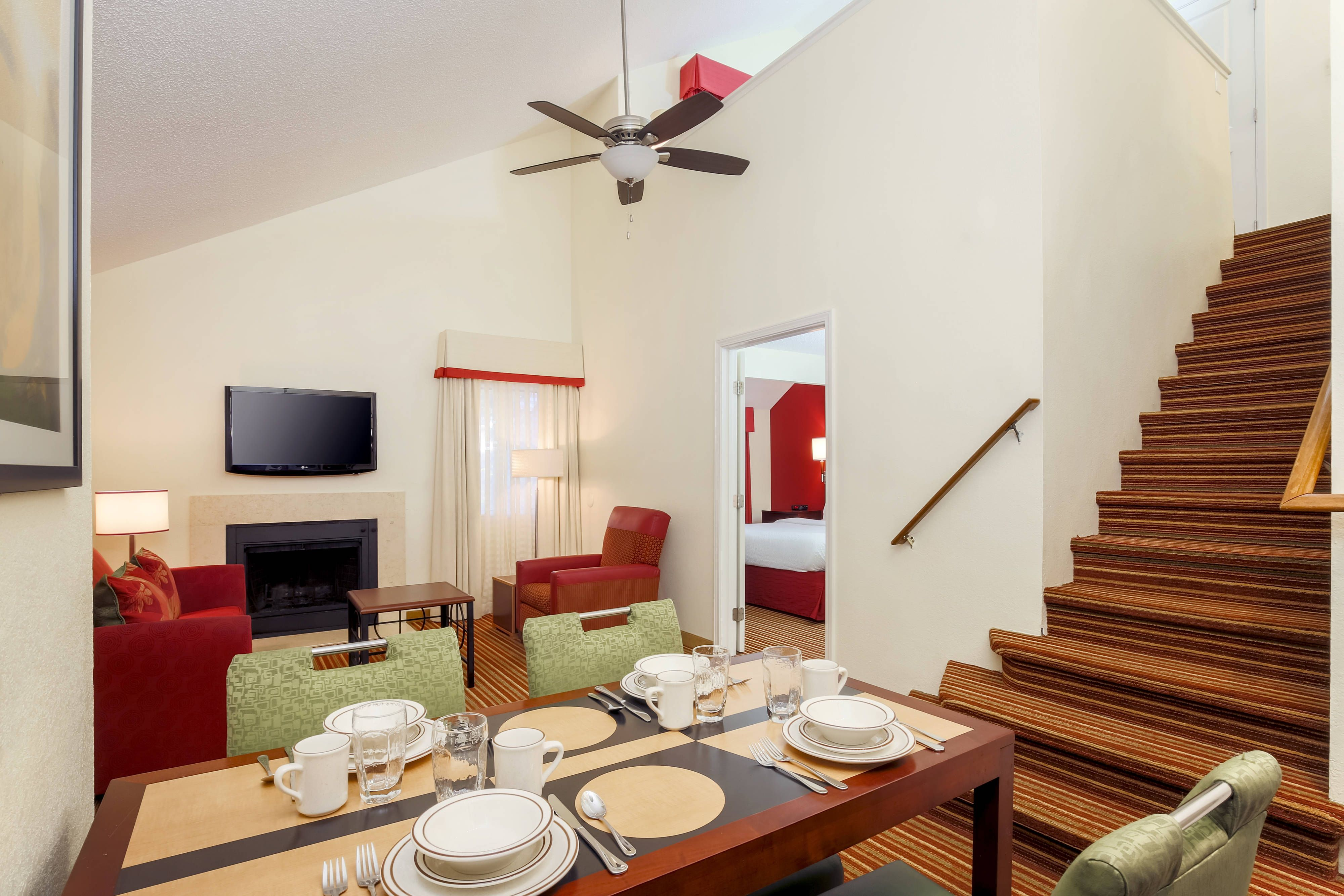 Residence Inn Atlanta Cumberland Galleria Penthouse Suite Rooms