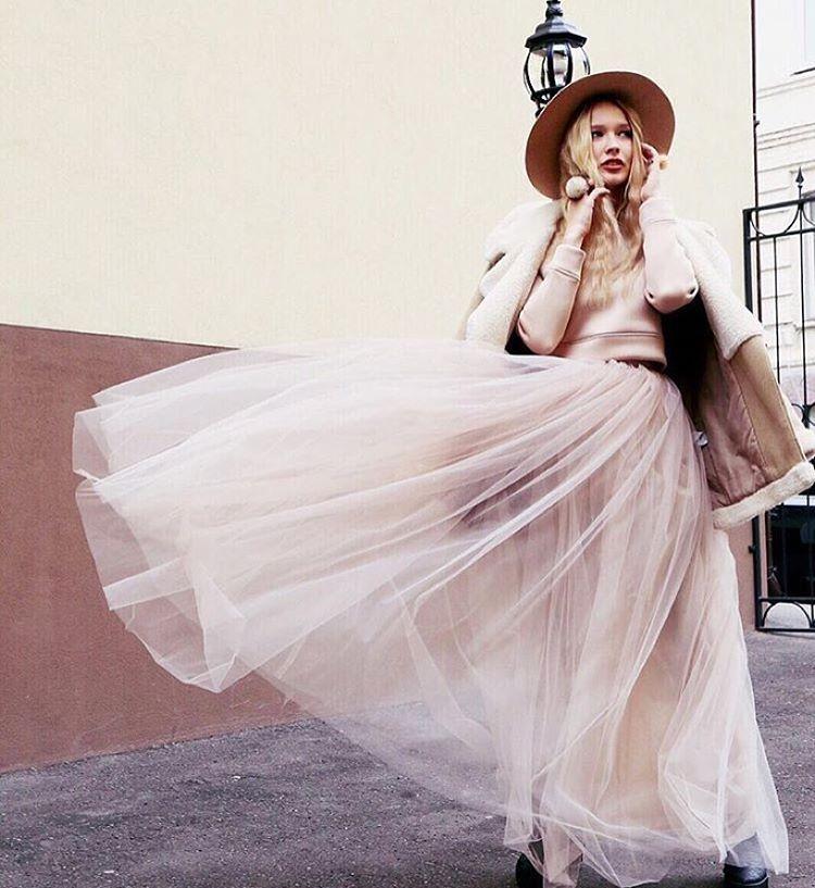 #девочкитакиедевочки #girlsparty #stylishlife #stylishgirl #streetstyle #fashionweek #fashionlovers #юбкапачка #юбкамакси #макси #пачкамакси #trends #tutu #tutuskirt #пачка #tskirt #пышнаяпачка #stylist #fashionbloger #bloger #moscowstreetstyle #streetstyle #шляпа #осень #aw15