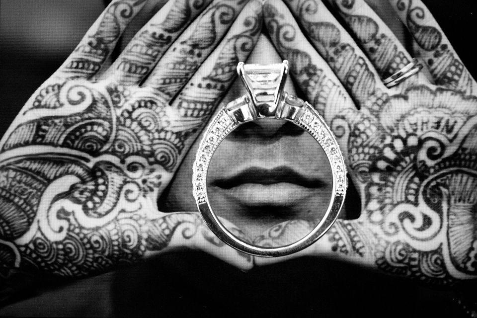 Bride S Name Hidden In Mehndi Photo By Studio Uma Indianwedding