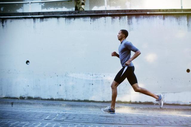 10 Quick Fixes for Running Form Pinterest Running form, Running