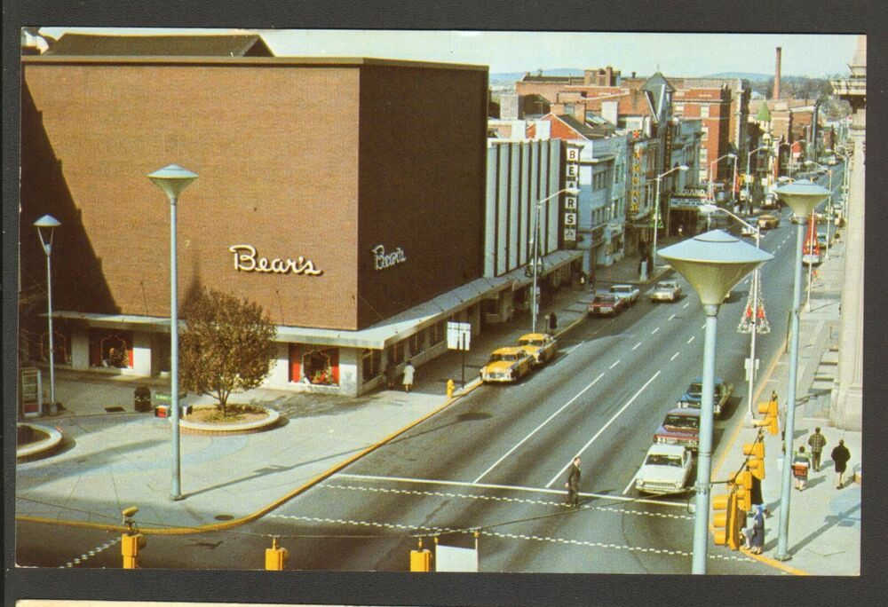 Unused Postcard Market Street Looking West York PA Bears