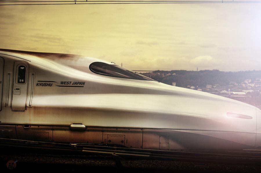 新幹線 by Kiyoshi Iida on 500px
