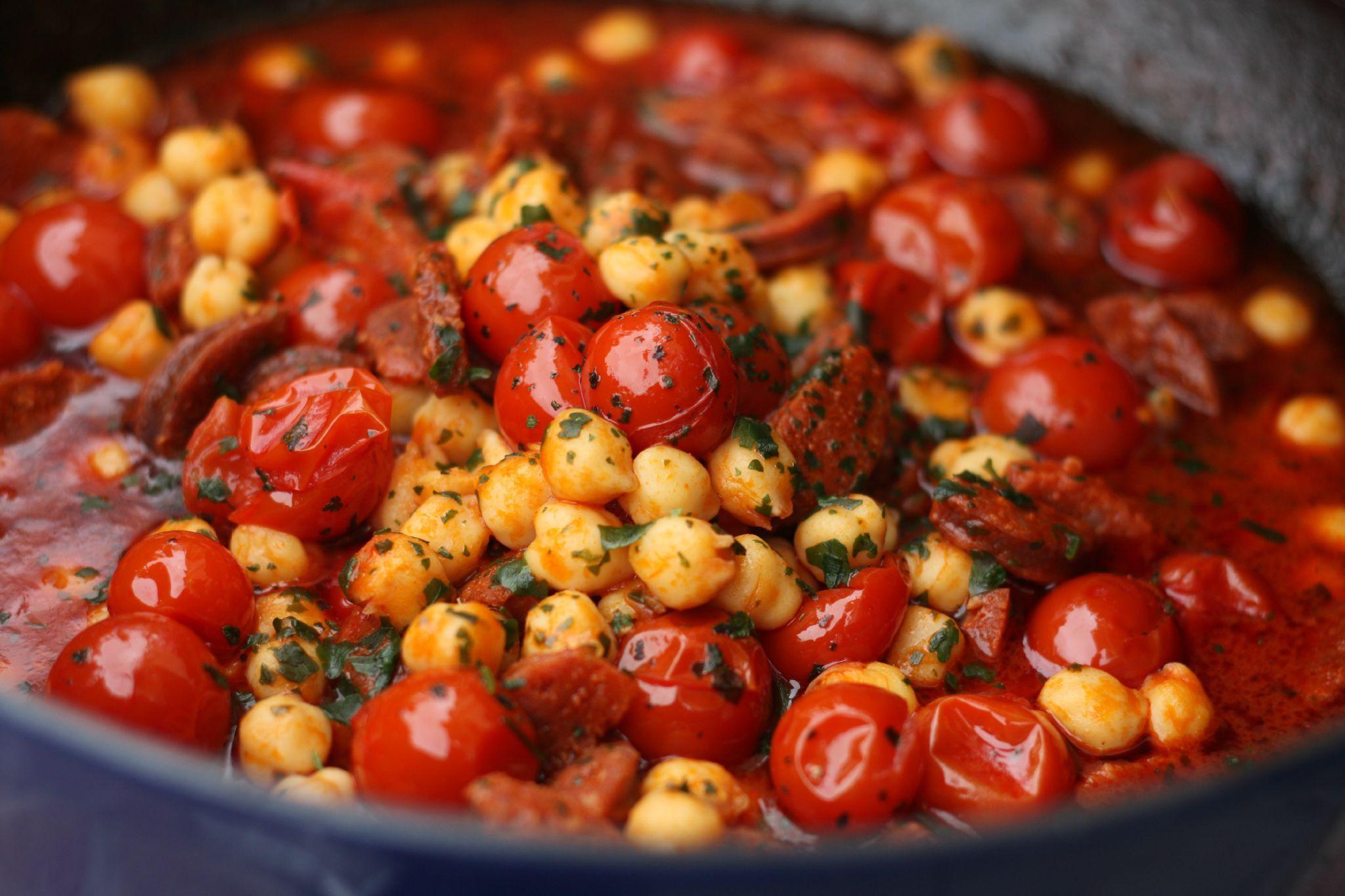ragout de chorizo pois chiche tomates cerises blog chez requia cuisine et confidences