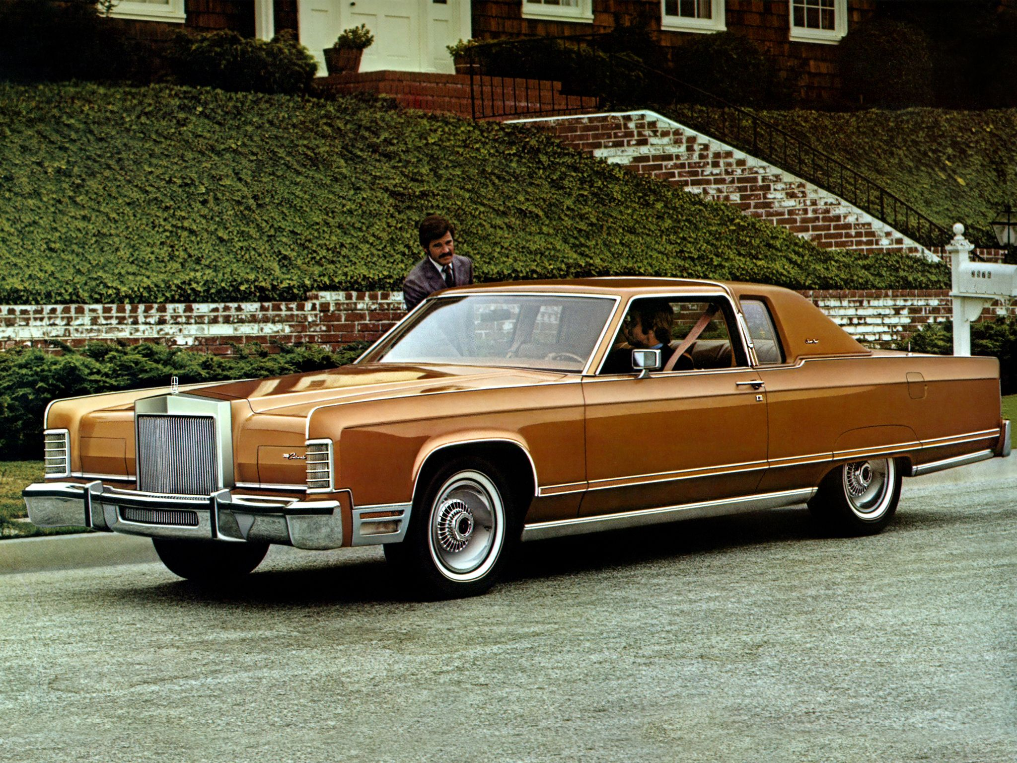 1977 Lincoln Continental Town Coupe The material which I can produce