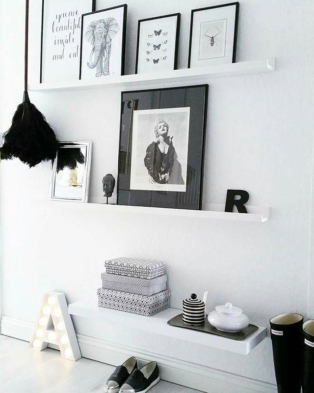 HOUSE Of IDEAS #houseofideas #houseofideasneueszuhause #flur #blackandwhite  #straußenstaubwedel #hunter #