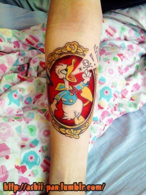 New School tattoo www.tattoodefender.com #newschool #tattoo #tatuaggio #tattooart #tattooartist #tatuaggi #tattooidea #ink #inked #tattoodefender  #paperino #donaldduck