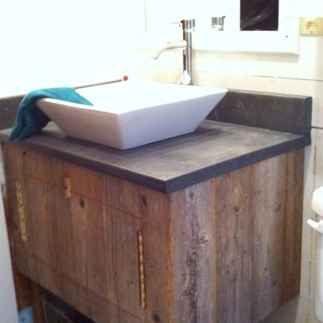 Reclaimened wood vanity old 39 n new recycled cedar fence for Recycled bathroom sinks
