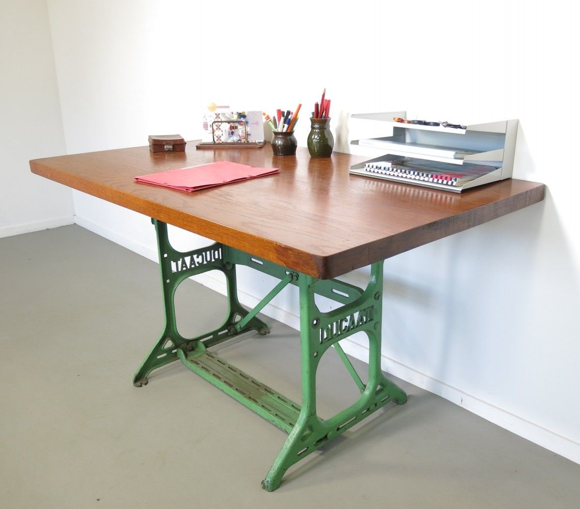 Writing desk from the fifties by unknown designer for Ducaat
