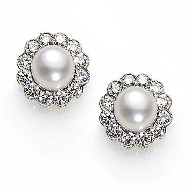 Cer Post Earrings Clic And Elegant Jewellery Pearl Diamond