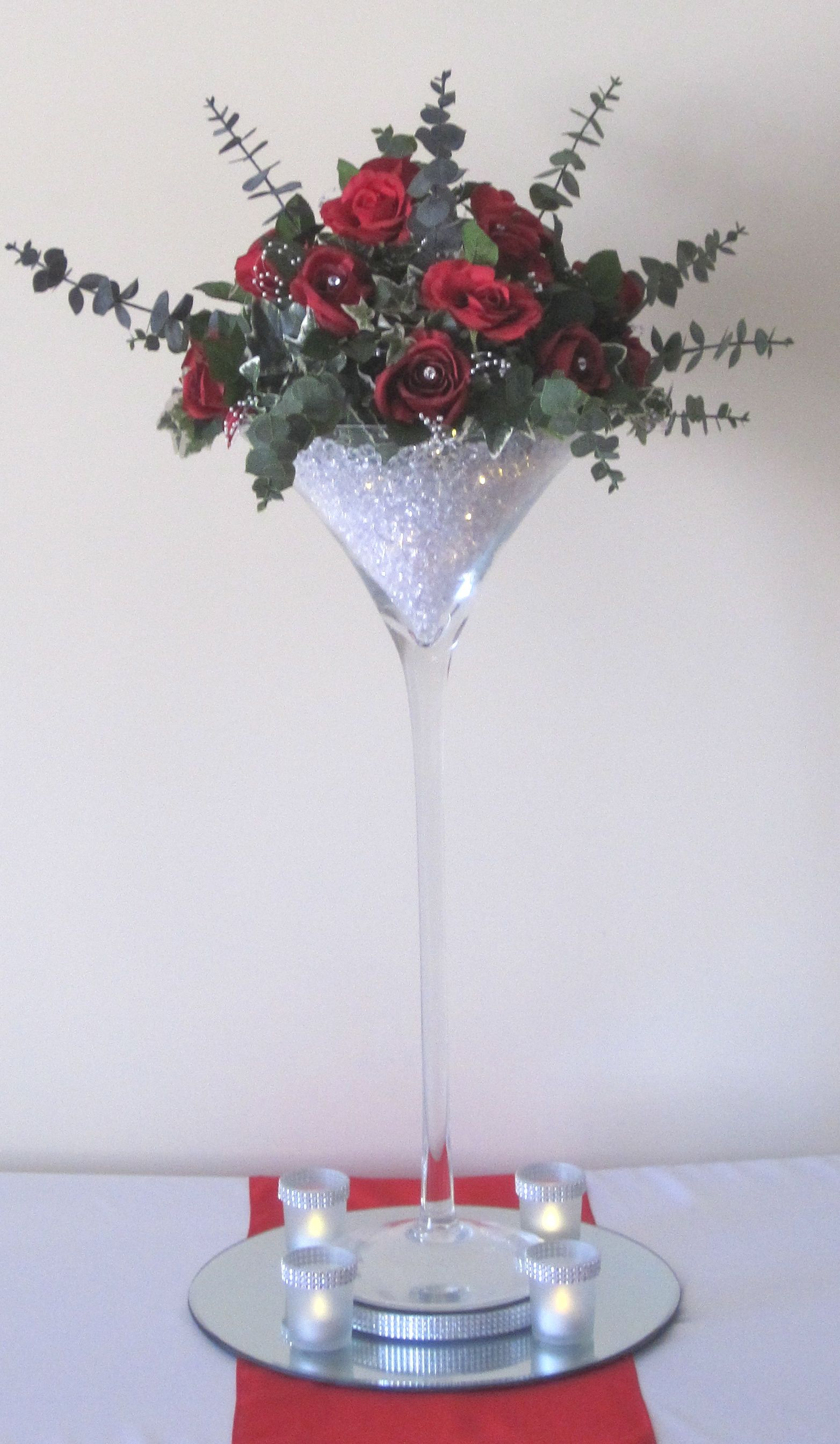 70cm Martini Vase with red silk roses and eucalyptus, acrylic stones ...