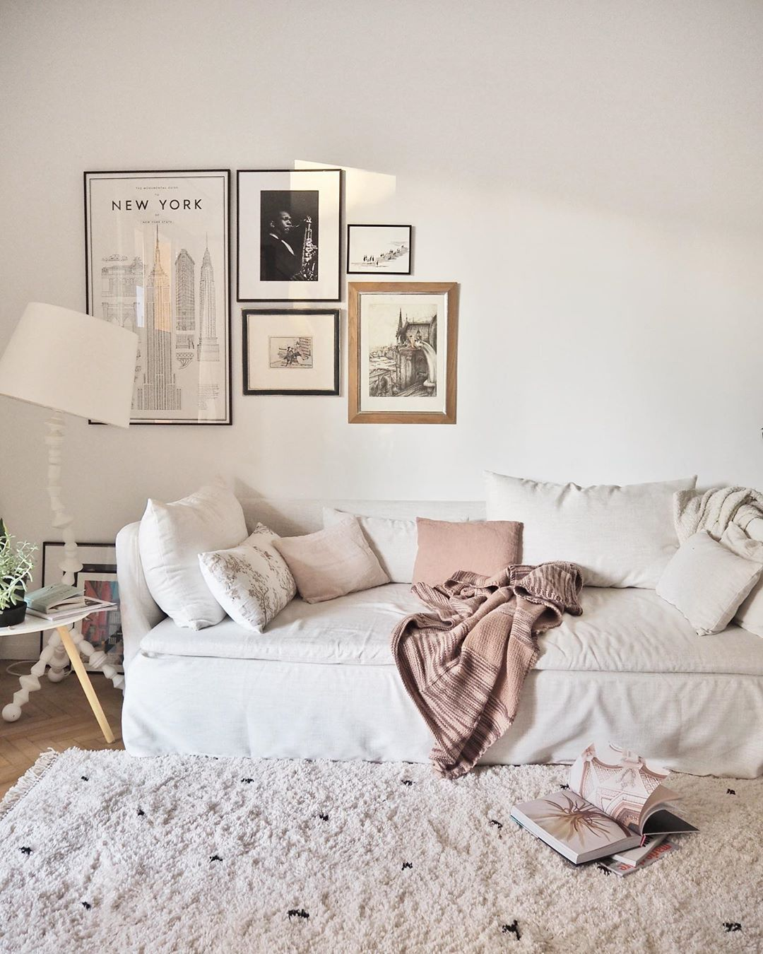 A Sunny Day In New York Living Room Style Scandinavian Home Design Couches Living Room Living Room Style Scandinavian Home Design Living room ny lyrics